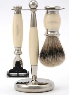 Truefitt And Hill Edwardian Set Cream - Brush - Machiii Razor - Stand