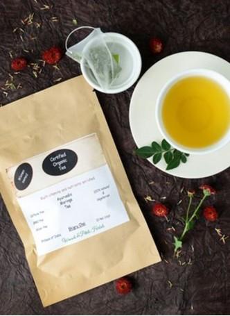 Woods and Petals Organic Moringa Tea (Pack of 2)